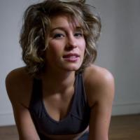 Lief jongedametje uit Luxemburg haar vagina beffen