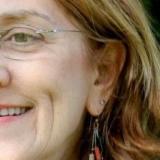 Bloedheet omaatje uit Drenthe haar gleuf naaien