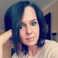Oergeil jongedametje uit Vlaams-Brabant haar sneetje likken