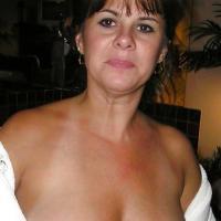 Hitsig dametje uit Noord-Holland haar sneetje penetreren