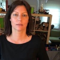 Heet jongedametje uit Drenthe haar kut ontbloten