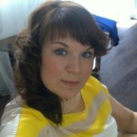 Mals jongedametje uit Gelderland haar gleufje ontbloten