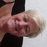 Heerlijk vrouwtje uit Zuid-Holland haar kut zien