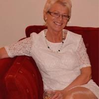 Heet omaatje uit Vlaams-Brabant haar vagina neuken
