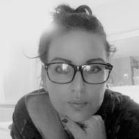 Hitsig jongedametje uit Zuid-Holland haar kutje zien