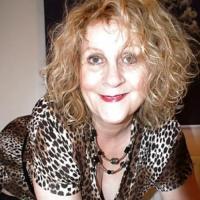 Heet omaatje uit Vlaams-Brabant haar vagina beffen